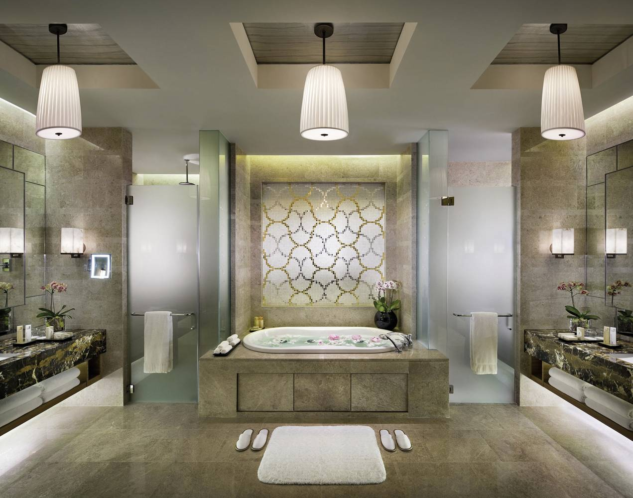 Luxurious Bathroom Design In The City State Singapore The Marina