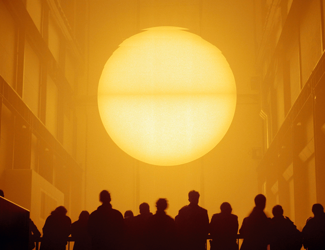 "Installation ""The wheather project"" von Olafur Eliasson in der Tate Modern."